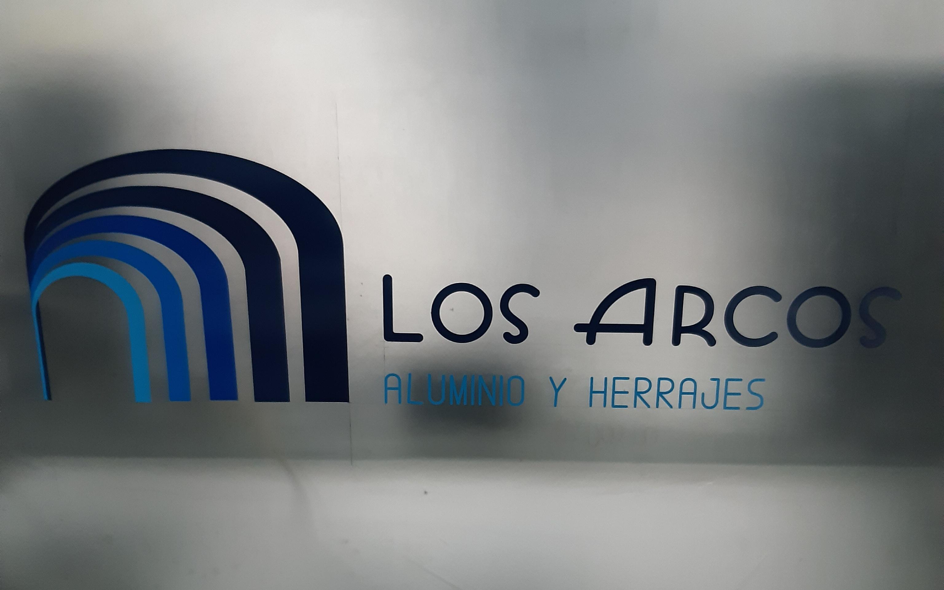 ALUMINIO Y HERRAJES LOS ARCOS